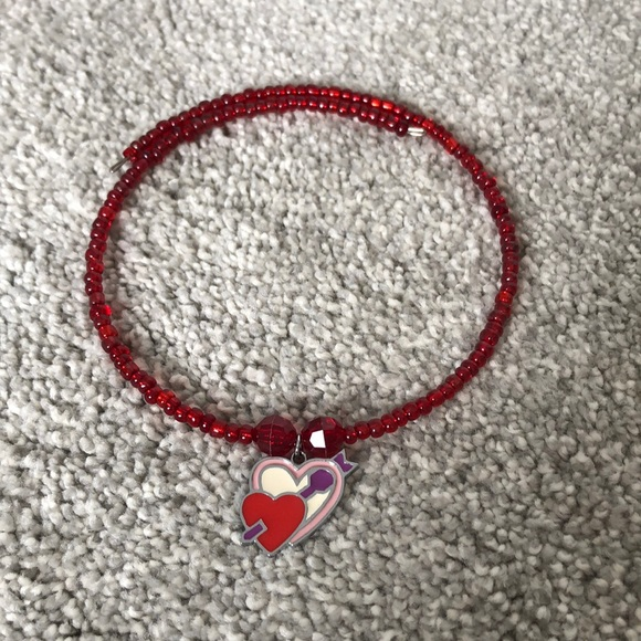 Other - 💕Valentines beaded necklace